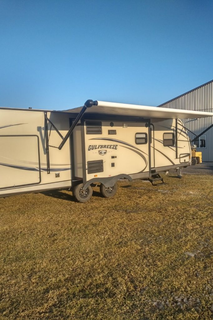 2016 Gulf Stream2 Gulf Breeze Champagne Trailer Rentals located in Southwestern Ontario