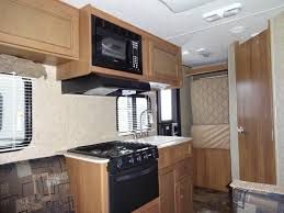 Apex a 15 foot lightweight hybrid trailer RV Motorhome / Trailer Rentals